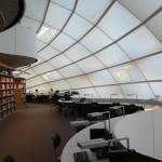 Abbildung des Arbeitsbereichs der Philologischen Bibliothek.